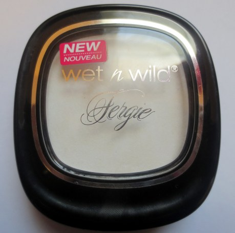 wet n wild fergie mattifying powder pedestal