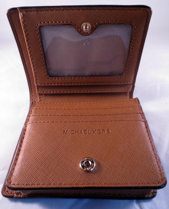inside micheal kors wallet